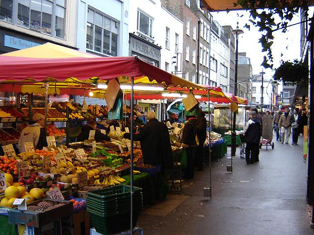 Berwick_street_market_1